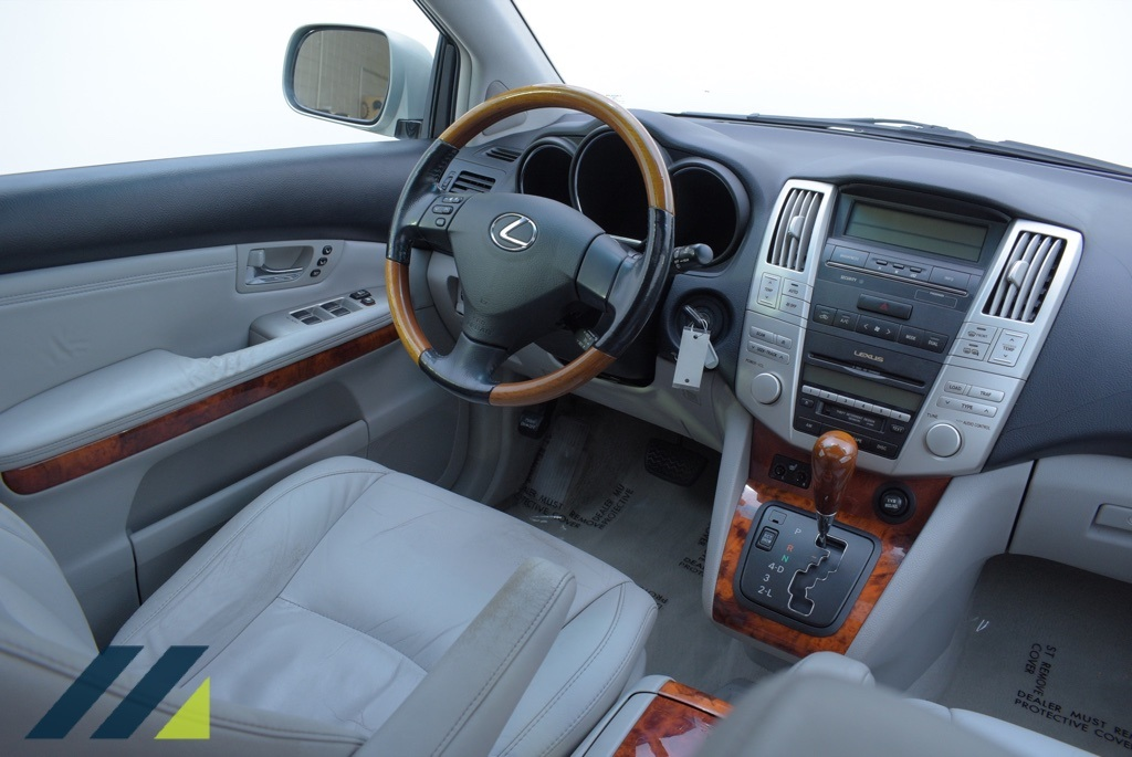 Pre-Owned 2005 Lexus RX 330