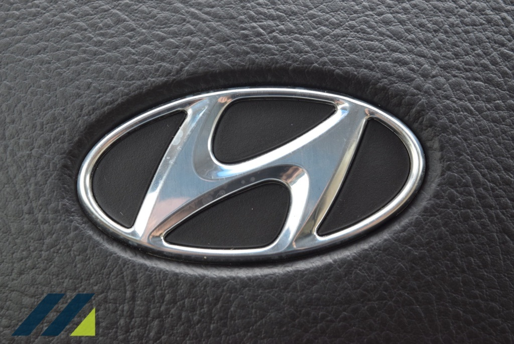 Pre-Owned 2011 Hyundai Santa Fe Limited